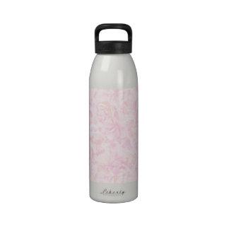 Fondo rosado de los rosas botella de agua reutilizable