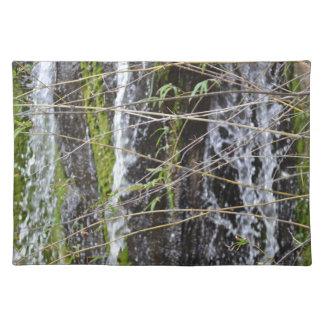 fondo verde de la planta de las ramitas del musgo  mantel individual