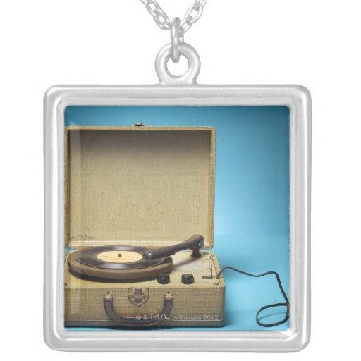 Fonógrafo del vintage collar personalizado