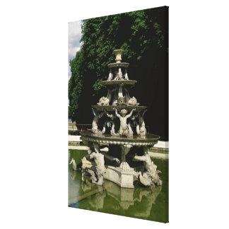 Fontaine de la Pyramide Canvas Print