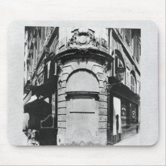 Fontaine de la Reine, rue Saint-Denis, Paris Mouse Pad