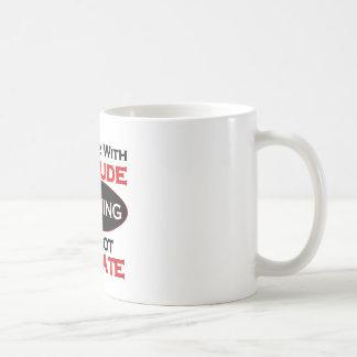 Fontanero con actitud taza de café