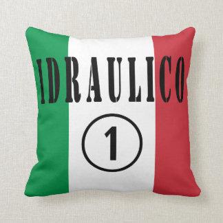 Fontaneros italianos: Uno de Idraulico Numero Cojin