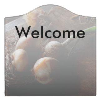 Food - Freshly pulled onions Door Sign