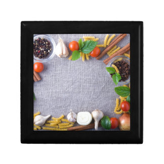 Food ingredients are installed as a frame keepsake box