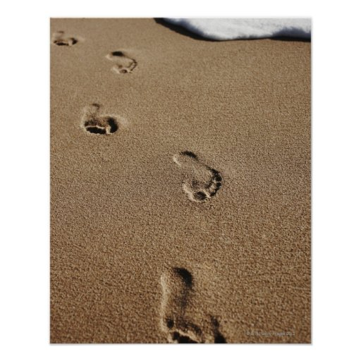 Foot steps in sand print