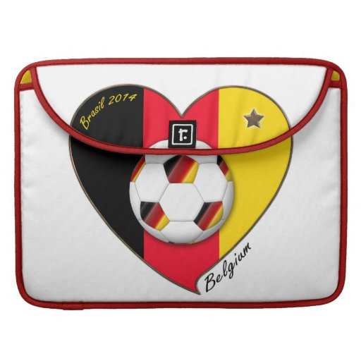 "Football of Belgium. Belgian Soccer Team ""BELGIUM"" Fundas Macbook Pro"