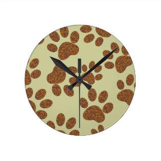 footprint dog round clock