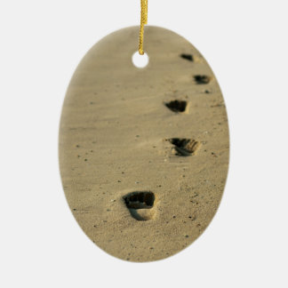 Footprints alongside the sea ceramic ornament