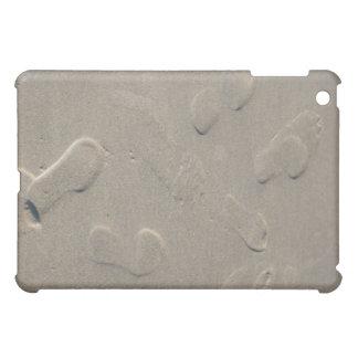 Footprints on the beach iPad mini case