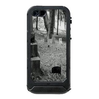 Forgotten Grave Waterproof iPhone SE/5/5s Case