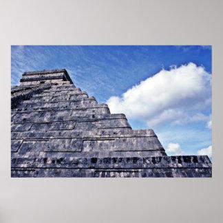Forma ondulada de la serpiente del EL Castillo Poster