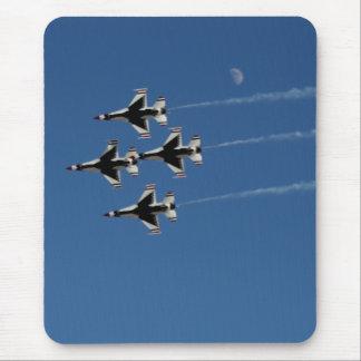 Formación de diamante de los Thunderbirds F-16 Tapetes De Raton
