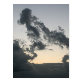 ¿Formación de la nube, esqueleto del perro? Tarjetas Postales