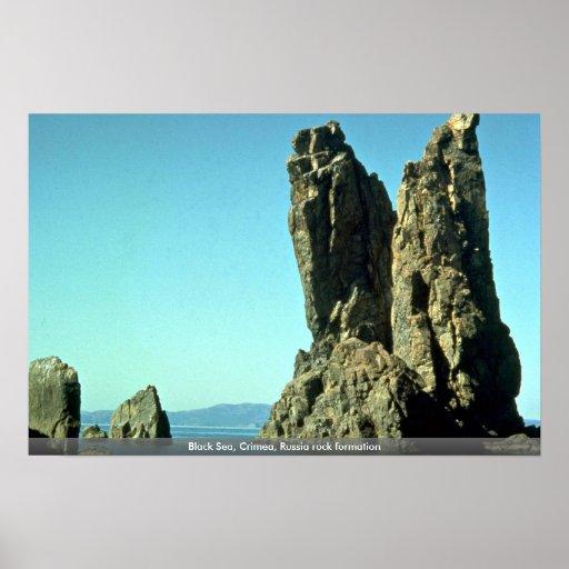 Formación de roca del Mar Negro, Crimea, Rusia Poster