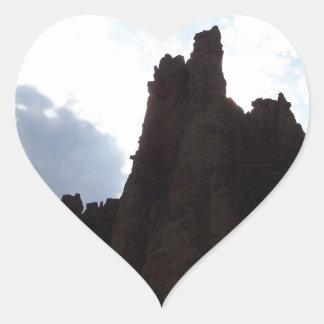 Formación de roca pegatina en forma de corazón