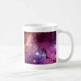 Formación estelar de LHA 120-N11 Taza Básica Blanca