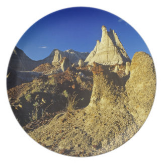 Formaciones de los Badlands en el parque provincia Plato De Cena