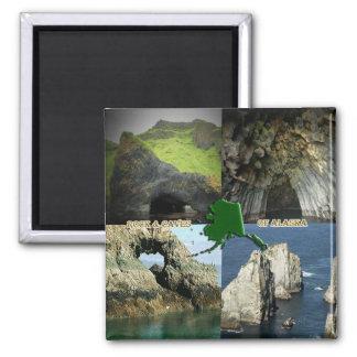 Formaciones y cuevas de roca en el collage de Alas Imán Cuadrado