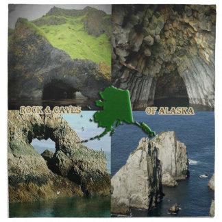 Formaciones y cuevas de roca en el collage de Alas Servilletas De Papel