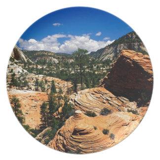 Formaciones Zion Utah de la piedra arenisca del pa Platos De Comidas