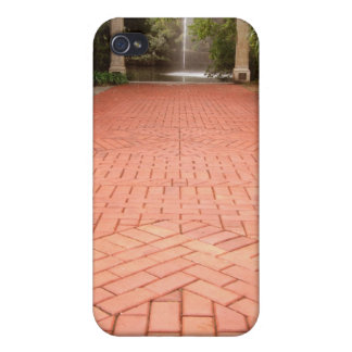 Formal Red Brick Garden Path leading to Water Foun iPhone 4/4S Cover