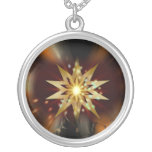 Formas de la estrella del oro con un fondo sucio grimpolas