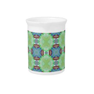 Formas enrrolladas azulverdes del modelo del jarras para bebida