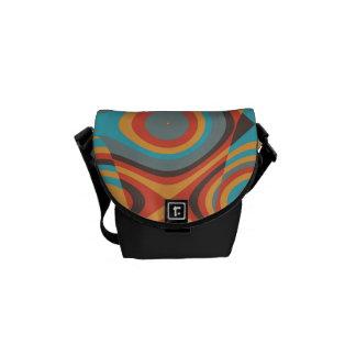 Formas irregulares coloridas bolsa de mensajería