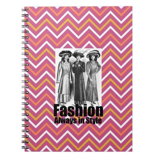 Forme siempre en mujeres de los 1900s del estilo e libro de apuntes con espiral