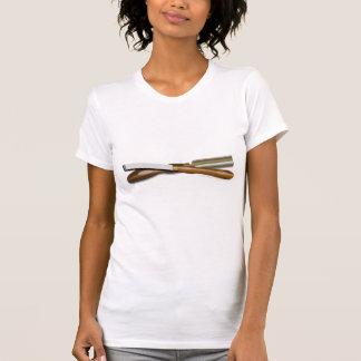Formón cruzado herramientas y posición oblicua del camisetas