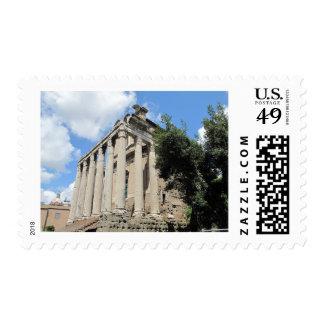Foro romano - templo de Antoninus Sellos