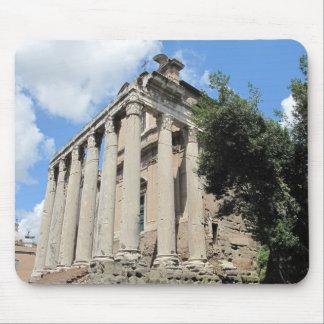 Foro romano - templo de Antoninus Alfombrillas De Ratón