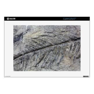 "Fossil Plant 15"" Laptop Skins"