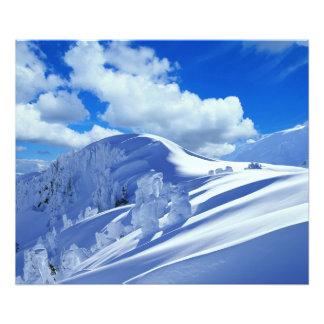 Fota cumbre de la montaña fotografía