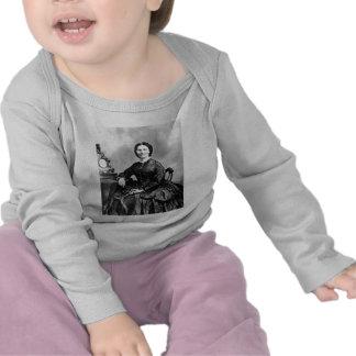 Foto 1866 del vintage del ~ del retrato de Clara B Camisetas