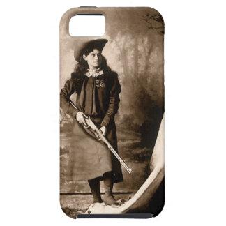 Foto 1898 de Srta. Annie Oakley Holding un rifle iPhone 5 Carcasas