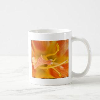 Foto adaptable 7 de la flor taza clásica