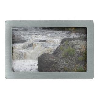 Foto adaptable hermosa de la cascada hebilla de cinturón