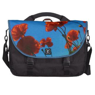 Foto anaranjada de la amapola bolsas para portatil