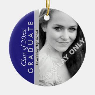 Foto azul y gris de la graduación adorno navideño redondo de cerámica