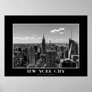 Foto blanco y negro del horizonte de New York City Póster