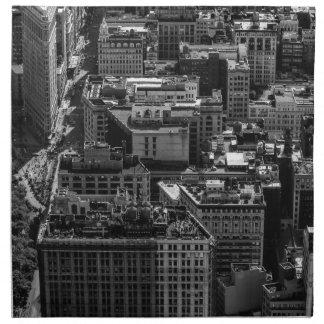 Foto blanco y negro del horizonte de New York City Servilletas Imprimidas