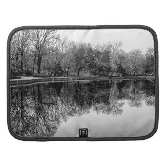 Foto blanco y negro del paisaje del Central Park Planificadores
