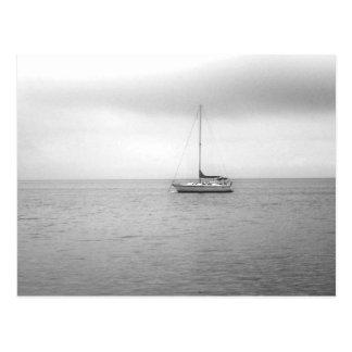 Foto blanco y negro del velero postal