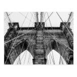 Foto blanco y negro NYC del puente de Brooklyn Tarjetas Postales