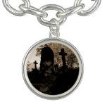 foto blanco y negro vibrante del cementerio pulsera