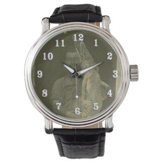 Foto c 1920 del hombre del cocodrilo del vintage reloj de mano