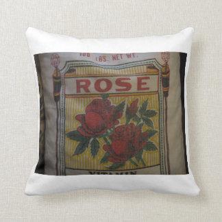 Foto color de rosa del saco de la harina almohada