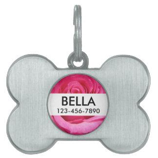 Foto color de rosa rosada del boda placa de nombre de mascota